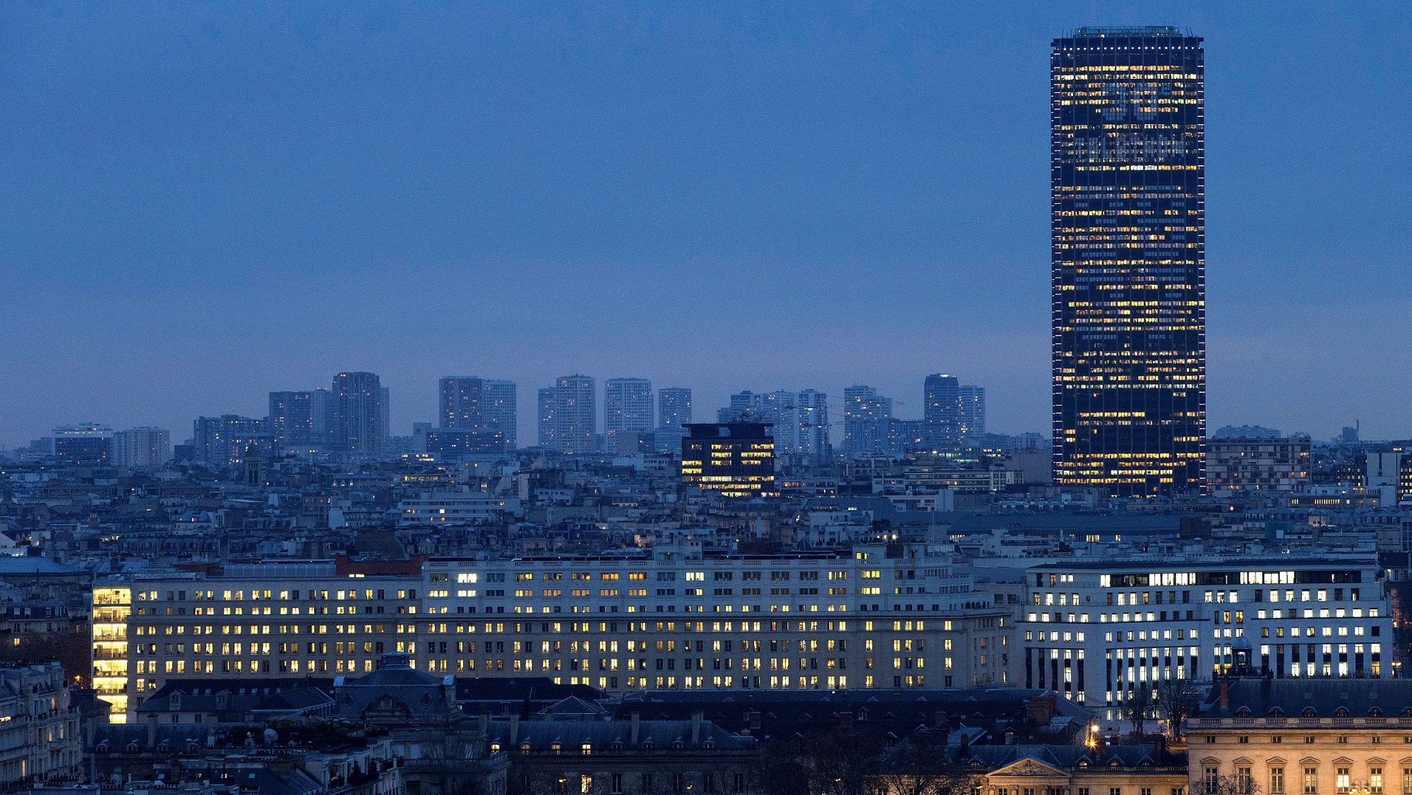51/Quartier/Hotel-close-to-Montparnasse-tower-district_1.jpeg
